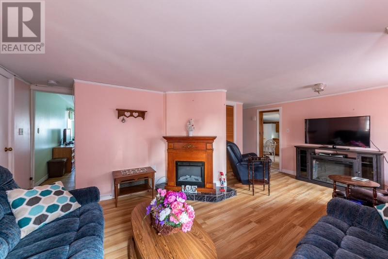 1985 College Ave. Windsor Multi-Family Home for Sale