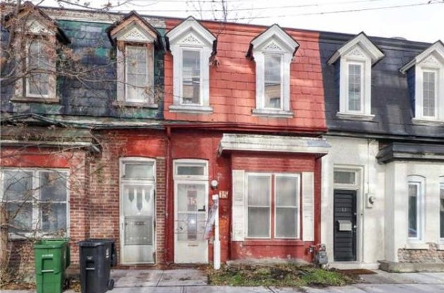 $750,000 Toronto Real Estate Listing Looks Like It Came Out Of A Horror Movie