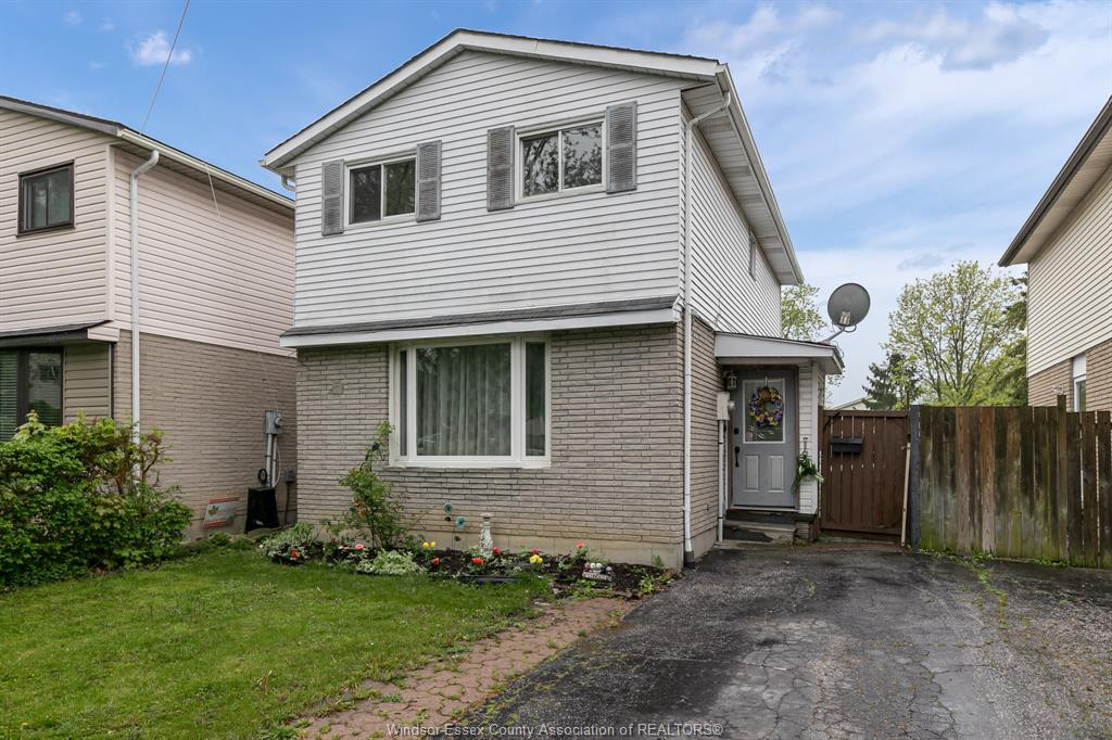 3118 Erindale - Windsor Home for Sale
