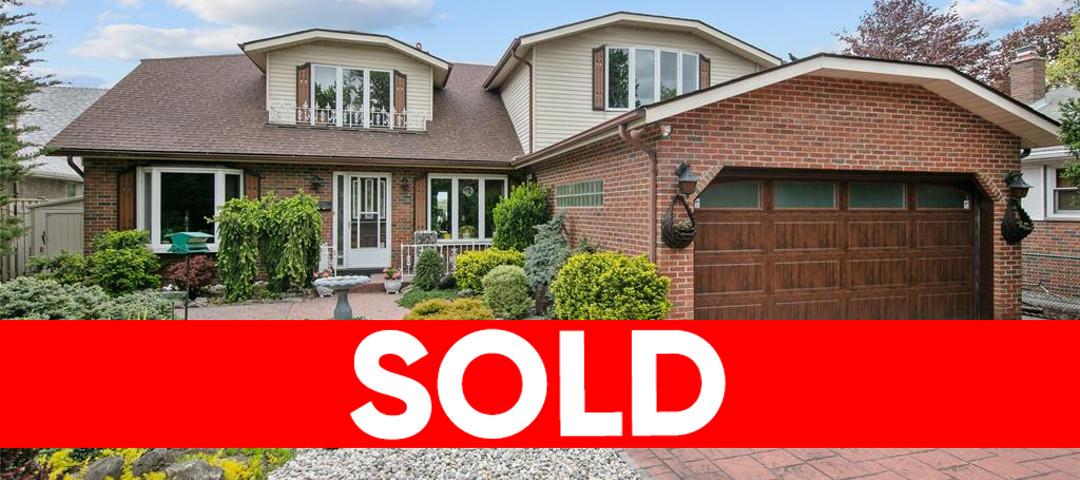 6434 Riverside Dr E, Windsor Home For Sale!