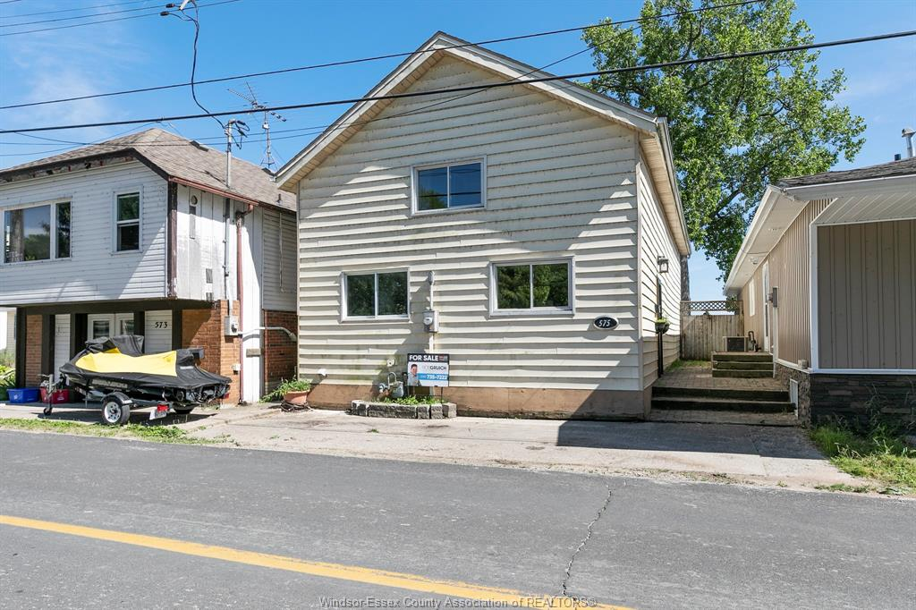 575 Heritage Kingsville Waterfront House for Sale