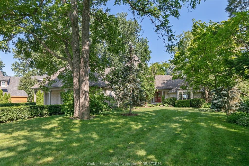 1221 Surf Club, Lakeshore Home For Sale!